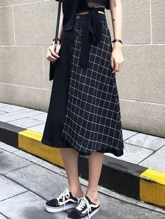 Sewing Skirts Women Inspiration 65 New Ideas Pop Fashion, Skirt Fashion, Hijab Fashion, Korean Fashion, Street Fashion, Fashion Outfits, Womens Fashion, Fashion Design, Pretty Outfits