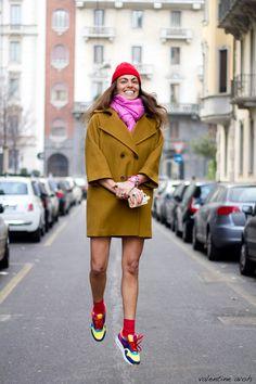 viviana-volpicella-jumping-milan-fashion-week-by-valentine_avoh2