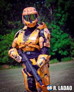 Some awesome Grif from Red vs Blue cosplay Halo Cosplay, Epic Cosplay, Awesome Cosplay, Cosplay Ideas, Cool Costumes, Halloween Costumes, Halo Spartan, Halo Armor, Achievement Hunter