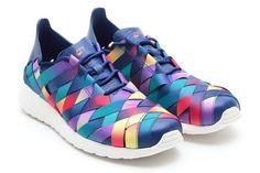 Nike Roshe Run Woven Rainbow
