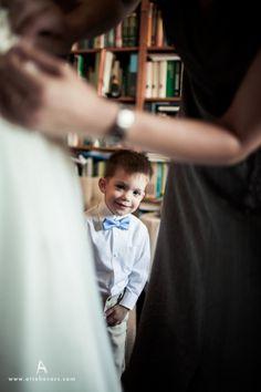 Viki és Julian esküvője