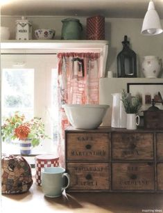 Gorgeous 44 Small Kitchen Ideas French Country Style https://roomaniac.com/44-small-kitchen-ideas-french-country-style/