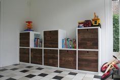 speelgoed kast - Google zoeken Play Corner, Boy Decor, Kids House, Playroom, Kids Room, Bookcase, New Homes, Shelves, Living Room