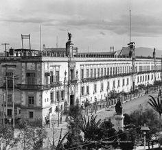 Palacio Nacional de México. ca 1900