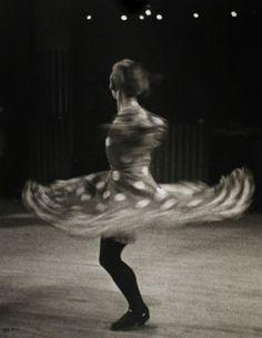 Photos: Brassaï to Bing, Stunning 20s and 30s Night Photography ...