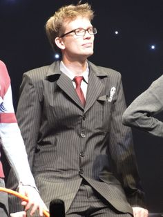 Hank Green dressed as Ten at LeakyCon. Perfect.