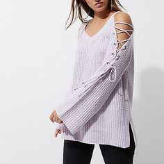 Get set for the new season with our collection of women's tops. From crop tops to going out tops and off the shoulder styles, find all our tops here. Trendy Outfits, Trendy Clothing, Going Out Tops, Summer Tops, Off The Shoulder, Knitwear, Tunic Tops, Crop Tops, Light Purple