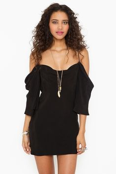 Love this off the shoulder dress