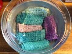 bomuldsklude Learn To Crochet, Diy Crochet, Crochet Ideas, Knitting Patterns, Crochet Patterns, Knit Dishcloth, Diy Coasters, So Creative, Chrochet
