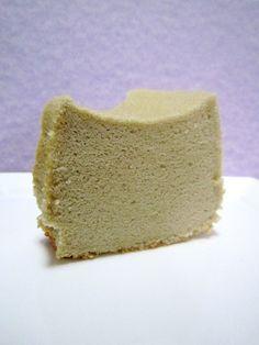 Noms I Must: Milk Tea Chiffon Cake