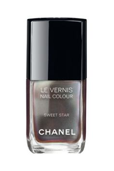 Chanel Le Vernis Nail Polish in Sweet Star Fall 2014 Chanel Nail Polish, Chanel Nails, New Nail Polish, Chanel Beauty, Chanel Makeup, Beauty Makeup, Fingernail File, Vogue Fashion Night, Best Makeup Products