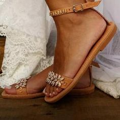 Item ID: Pattern Type:Plain Shoes Style:Adjustable Buckle Heel Height:Low Heel Type:Flat Heel Toe Type:Round Toe Gender:Women Style:Vintage,Casual Theme:Spring/Fall. Pearl Sandals, Bridal Sandals, Rhinestone Sandals, Beach Wedding Sandals, White Sandals, Brown Sandals, Blush Shoes, Low Heel Sandals, Flat Sandals
