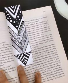 Mandala Art Therapy, Mandala Art Lesson, Simple Mandala, Diy Bookmarks, Book Making, Art Sketches, Art Lessons, Alphabet, Doodles
