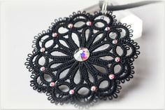Tatting pendant medallion black made in Italy