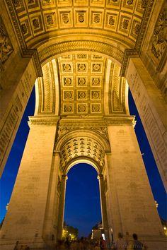 Arco de Triunfo , Paris France