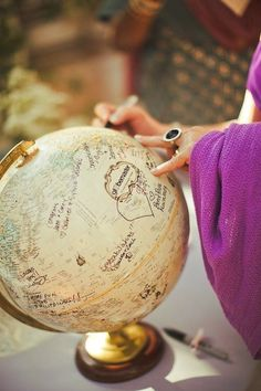 #Gästebuch & Reise-Empfehlungen zugleich! #Guestbook #Globus #Hochzeit
