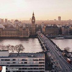 Credit to @itsjudear : 🥂 To the Weekend • • • • • #London #thisislondon #worldcaptures #igerslondon #londonguru #ukpotd #transportforlondon #justgoshoot #cityoflondon #uk_shooters #ig_europe #igersoftheday #igdaily #way2ill #londonlife #TheLondonLifeInc #weekly_feature #elizabethtower #mydarlinglondon #welivetoexplore #photooftheday #ldnculture #just_features #hq_uk #wundrouslondon #visitlondon #bigben #westminster #earthpix #trappingtones LPMISSY