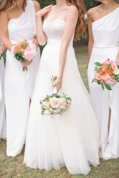 The whole bridal party wears white: http://www.stylemepretty.com/2013/11/04/michigan-lake-wedding-from-harwell-photography/ | Photography: Harwell - http://harwellphotography.com/