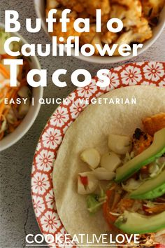 A little twist on your ordinary taco with a bit of buffalo cauliflower!  Spicy, tangy and oh so delicious! Even better this meatless main dish is full of nutrition and is perfect for a quick weeknight dinner. Check the recipe and learn more about ways to meal prep this recipe and save yourself some time. Vegetarian Bean Recipes, Vegetarian Cauliflower Recipes, Quick Vegetarian Meals, Tofu Recipes, Entree Recipes, Vegetarian Cooking, Delicious Recipes, Easy Recipes, Healthy Recipes