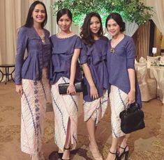 kebaya seragam warna tradisional padupadan batik