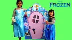 Hey guys, watch Elsa & Anna build a Frozen Playhouse! What an awesome surprise unboxing this is. Frozen Elsa And Anna, Elsa Anna, Architectes Zaha Hadid, Disney Frozen Toys, Bolo Frozen, Play Houses, Kids Toys, Role Play, Youtube