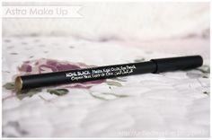 Review & Swatch: Astra Make Up - Khol Black Kajal Occhi | Su un filo di eyeliner ~ Make up & Beauty Blog