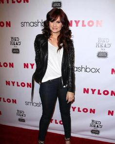 Debby Ryans dark red hair!