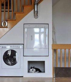 laundry-stairs.jpg (827×960)
