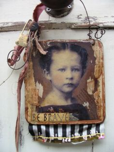 mosshill.blogs.com > Altered ART Archives