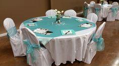 Breakfast at Tiffany's themed table