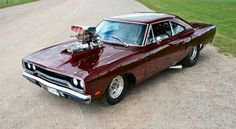 Love Muscle Cars? Stay Tuned at: http://hot-cars.org/ This Plymouth Satellite recreation (restomod) is awesome.