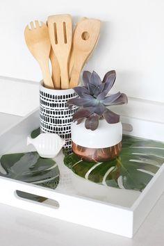 MY DIY   Monstera Palm leaf Resin Tray