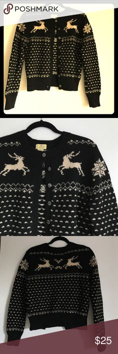 🌨Thick Lambswool Reindeer Cardigan ❄️ Worn once and in perfect condition. Perfect for the fall/winter seasons.  83% Wool, 12% Lambswool, 5% Nylon. Sweater is black with cream.  From a non-smoking household. The Limited Sweaters Cardigans