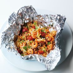 Prawn Pasta Parcels The Weight Watchers plan is designed to fit your life! Say yes to losing weight, whilst still eating the food you love. Ww Recipes, Skinny Recipes, Pasta Recipes, Italian Recipes, Cooking Recipes, Healthy Recipes, Healthy Meals, Recipies, Weith Watchers