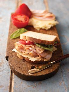 Healthy turkey sandwich- stay lean and keep your energy going. Smoked Turkey, Roasted Turkey, Deli Fresh, Kraft Recipes, Easy Recipes, Turkey Sandwiches, Sandwich Recipes, Lunch Recipes, Breakfast Recipes