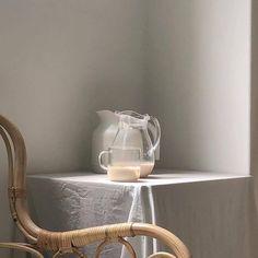 Cream Aesthetic, Brown Aesthetic, Aesthetic Food, Aesthetic Coffee, Passion Deco, Ivy House, Milk Tea, My Coffee, Coffee Milk