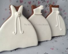 wedding dress cookies [posting photo for inspiration only]  #DecoratedCookies #Cookies