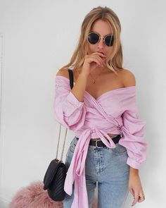 "859 mentions J'aime, 17 commentaires - Lydia Rose (@fashioninflux) sur Instagram : ""I'm a pastel pink Houdini and I like it shirt from @missyempire http://liketk.it/2rgu2…"""