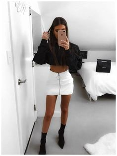 Pu leather, white skirt outfits, leather skirt outfits, night outfits, even Club Outfits For Women, Teenage Outfits, Komplette Outfits, Cute Casual Outfits, Night Outfits, Fall Outfits, Fashion Outfits, Womens Fashion, Woman Outfits