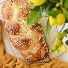 Germstriezel Rezept Bread, Food, Play Dough, Oven, Recipies, Brot, Essen, Baking, Meals