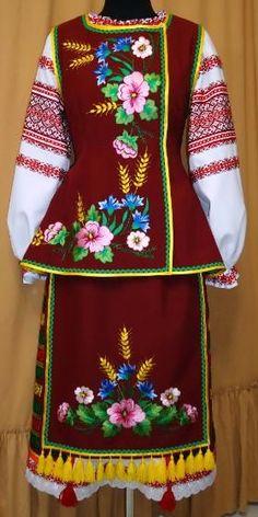 Ukrainian Christmas, Costumes Around The World, Ukrainian Dress, Folk Dance, Beautiful Costumes, Folk Fashion, Clothes Crafts, Folk Costume, Dance Outfits