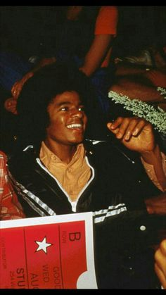 Jackson Life, Jackson Family, Janet Jackson, Photos Of Michael Jackson, Michael Jackson Rare, Paris Jackson, The Jacksons, American Singers, Photo Book
