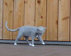 Basse poly chat curieux imprimable PDF bricolage papercraft modèle, sculpture en papier de bricolage