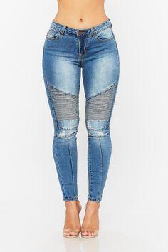 Hilary Moto Skinny Jean Boyfriend Jeans Outfit, Denim Outfit, Denim Fashion, Fashion Outfits, Fasion, Girl Outfits, Jeans Refashion, Denim Ideas, Best Jeans