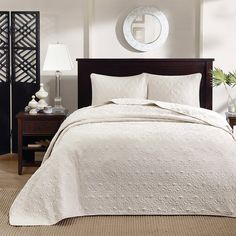 Madison Park Mansfield 3-piece Oversized Bedspread Set - Overstock Shopping - Great Deals on Madison Park Bedspreads