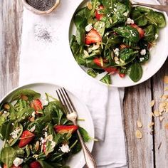 Probably the BEST salad for dieting - goat cheese spinach strawberry salad - YUMMY! Click for recipe