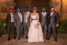Casamento geek com inspiração em super heróis e princesas