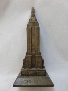 """""""Big ben"""" miniature decor,Elizabeth Tower scale model,bronze color.10CM"""