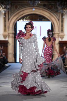 Mónica Mendez - We Love Flamenco 2018 - Sevilla Western Dresses, Western Outfits, Indian Outfits, Flamenco Costume, Spanish Dress, Choli Dress, Flamingo Dress, Indian Gowns, Classy Women