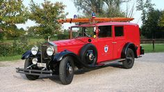 Rolls-Royce Firetruck: You know your town is rich when you have a Rolls-Royce for a fire engine. This Phantom II was drafted into service in 1930. #rollsroyce #fire #truck
